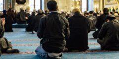 حكم ترك صلاة الجمعة ومن هم الغير مأمورين بصلاة الجمعة في المسجد
