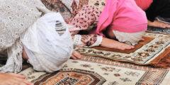 كيفية صلاة الجماعة في البيت وحكمها في المسجد والبيت والنساء